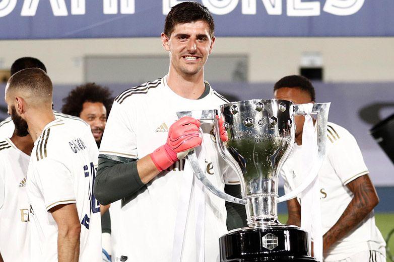Courtois valora a Casillas como ídolo, compañero, rival y referente