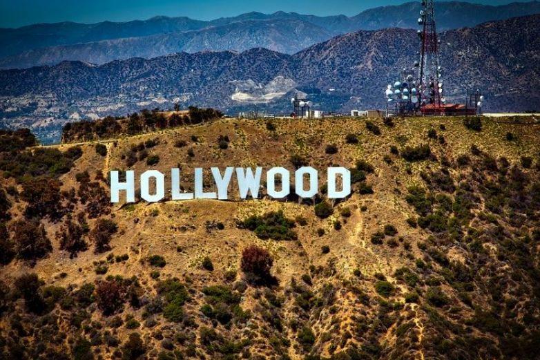 Fiesta en mansión de Hollywood termina en tiroteo