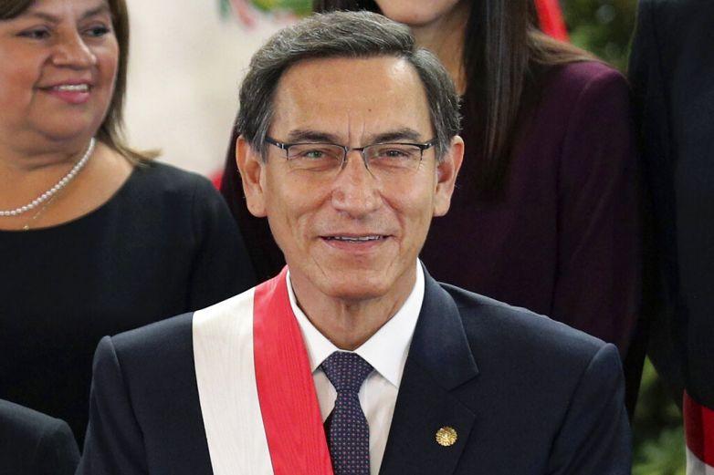 Perú se queda sin ministros durante su peor crisis sanitaria