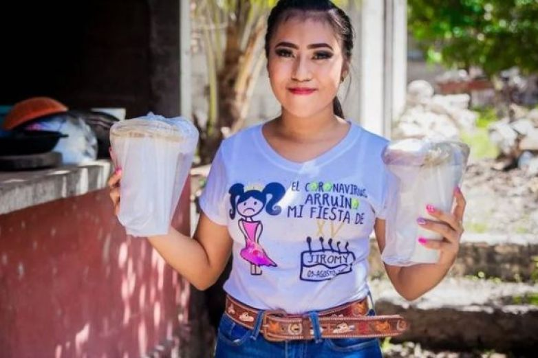 Quinceañera usa el dinero de su fiesta para ayudar a afectados por Covid-19