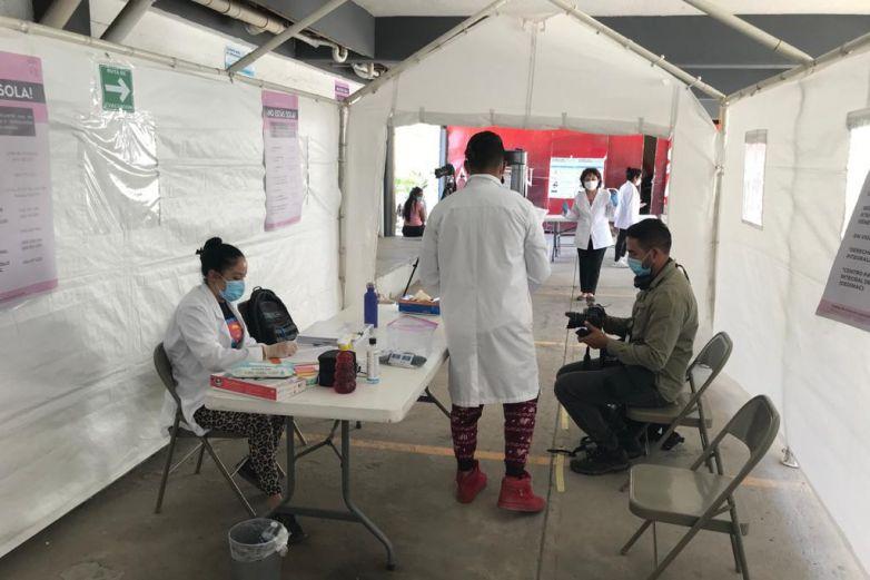Detectan 5 migrantes con Covid en hotel filtro