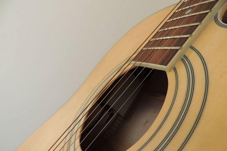 Impartirá DIF Municipal clases de guitarra gratis