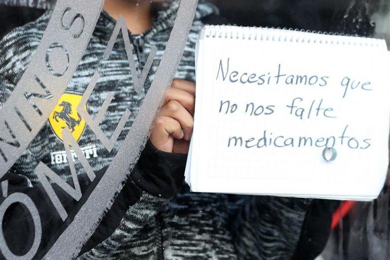 Piden padres solucionar desabasto en medicamentos oncológicos