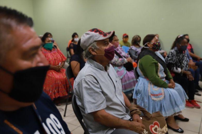 Da Municipio 'vales de construcción' a 50 familias