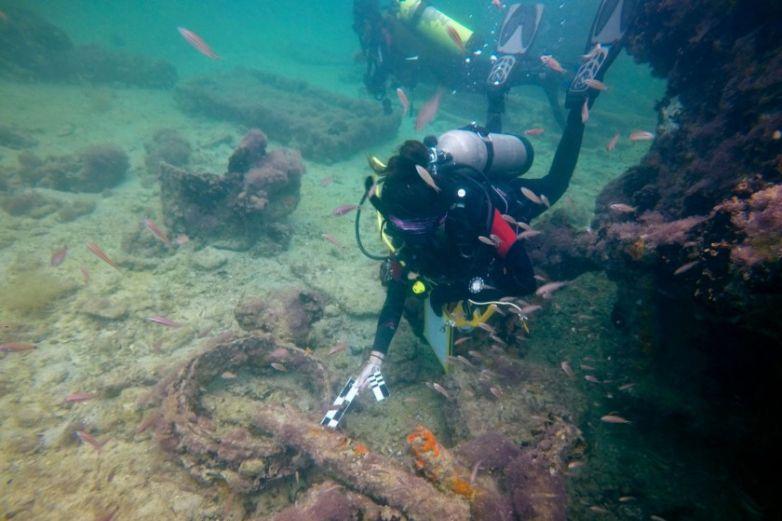 México identifica restos de barco con esclavos mayas