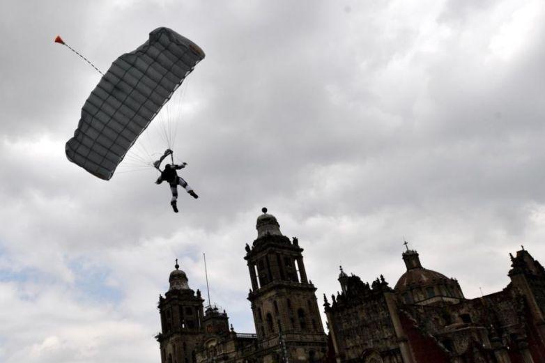 En imágenes: Así fue el desfile de la Independencia en el Zócalo