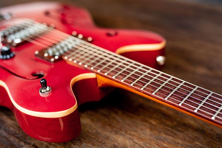 ¡El rock no ha muerto! La guitarra aumenta sus ventas en 2020