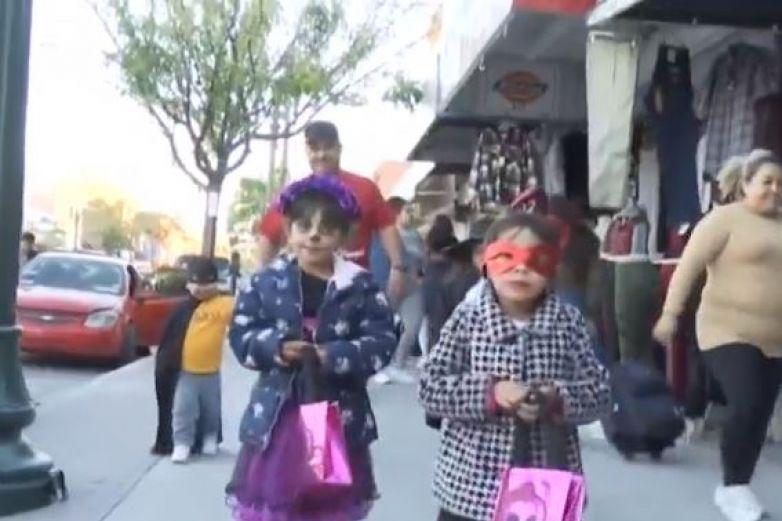 Máscaras de Halloween no sustituirán el cubrebocas, advierte Salud de El Paso