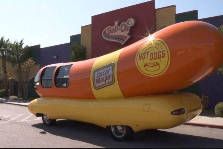 Video: Llega el famoso 'auto dogo' a El Paso