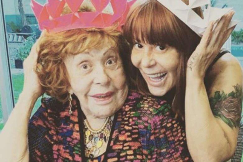 Alejandra Guzmán y Silvia Pinal 'aterrorizan' con instantánea