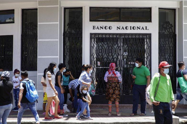 Reactiva Panamá actividades pese a temor a rebrote de Covid