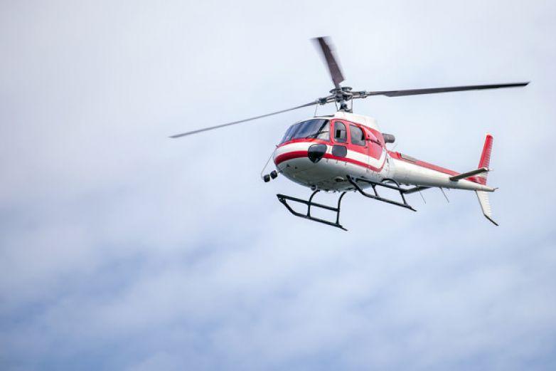 Exconvicto secuestra helicóptero para rescatar a su esposa de la cárcel
