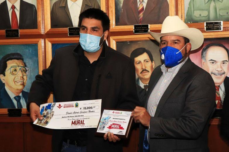 Premian a ganadores de concurso de mural histórico de Cuauhtémoc