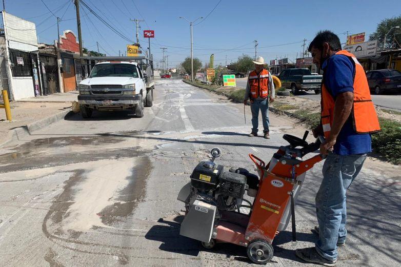 Inicia reparación de concreto en calle Mesa Central