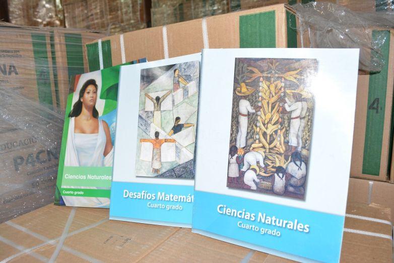 Comienza distribución de libros de texto en el estado