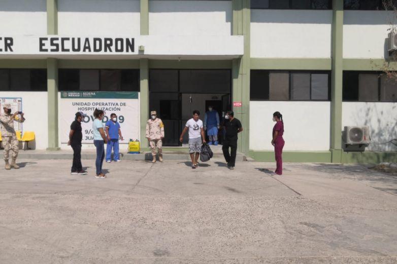 Dan de alta a paciente recuperado de Covid de Hospital Militar
