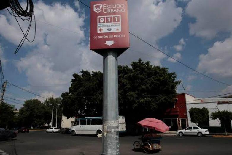 Grupo delictivo incendia 13 botones de pánico del C5 en Jalisco