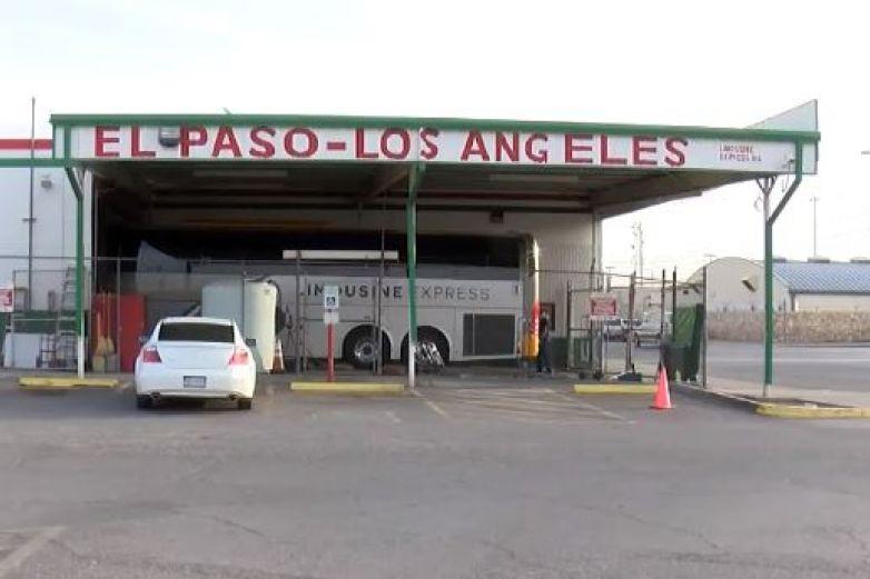 Muere por Covid-19 luego de viaje a Denver; buscan a pasajeros