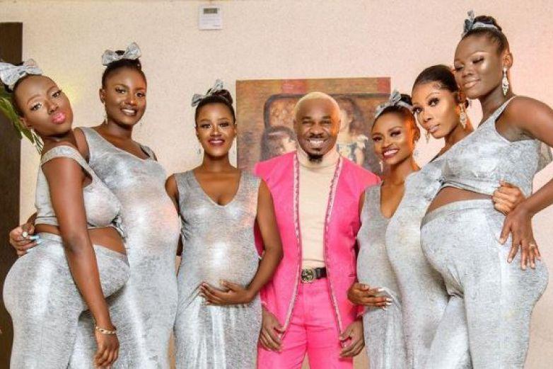Hombre llega a boda con sus 6 mujeres embarazadas