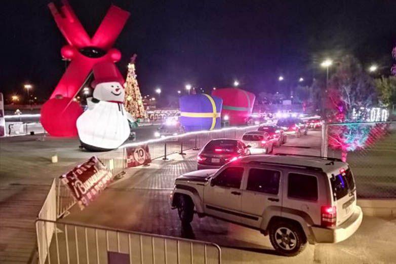 Hacen fila fronterizos para ingresar a paseo navideño