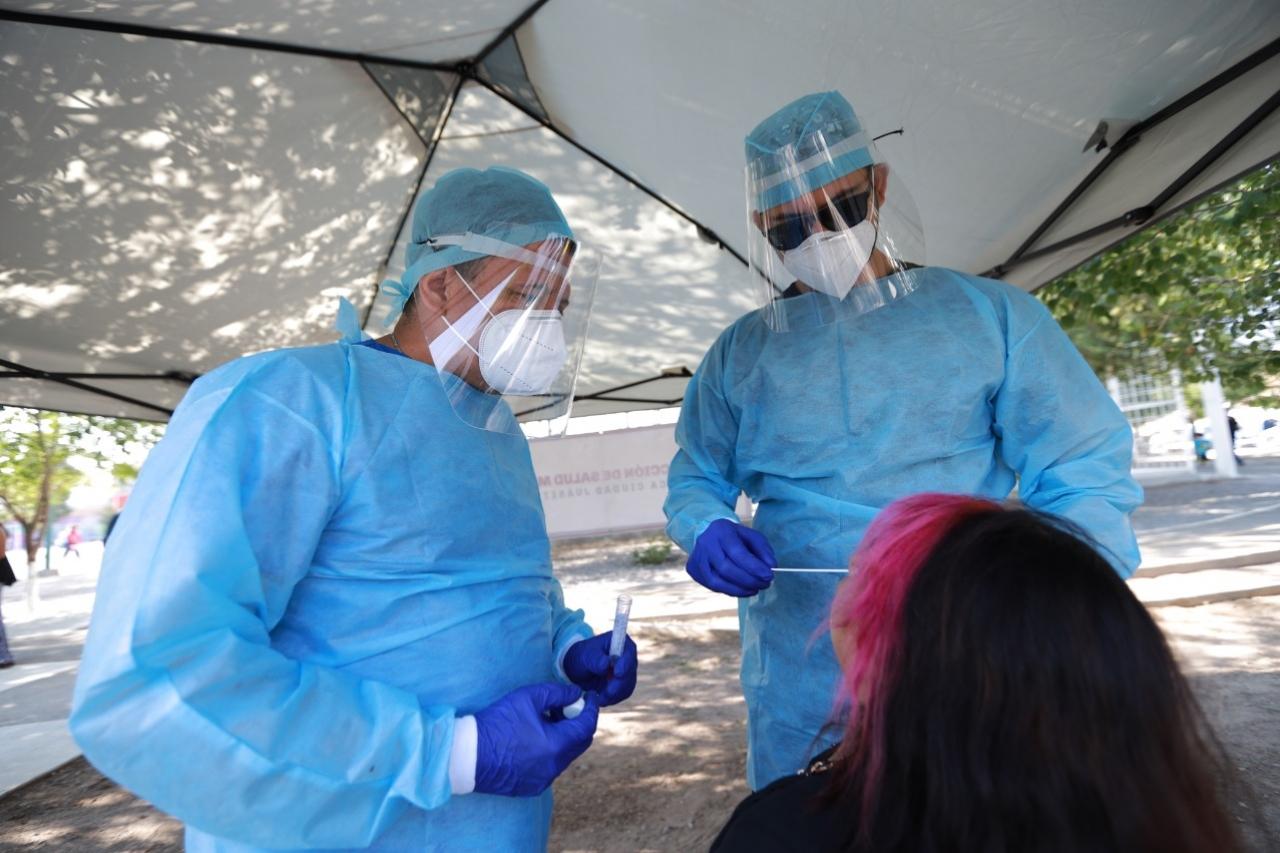 Muertes por covid-19 superan las 120 mil en México