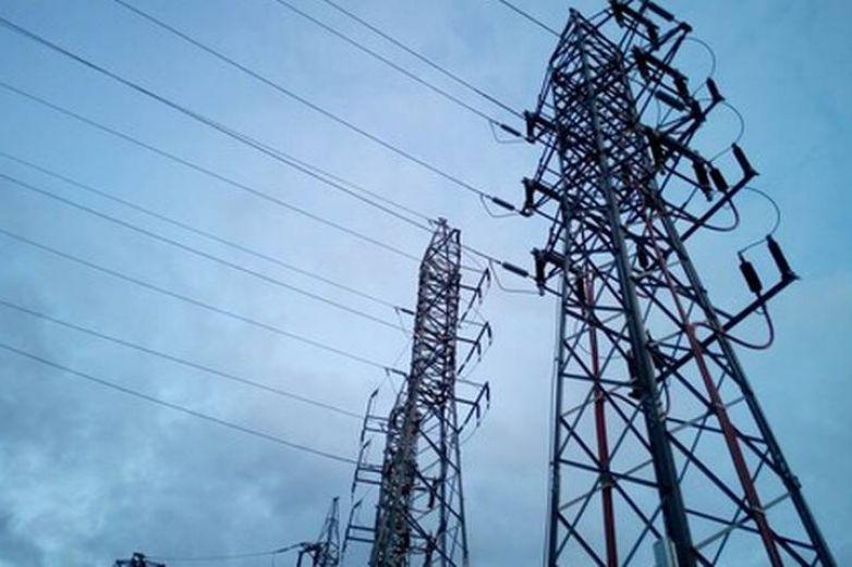 Piden reducir consumo de energía en Texas, hay riesgo de apagones