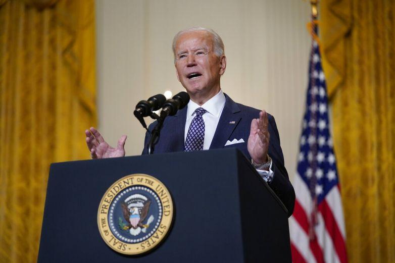 Elogia Biden aprobación de paquete económico