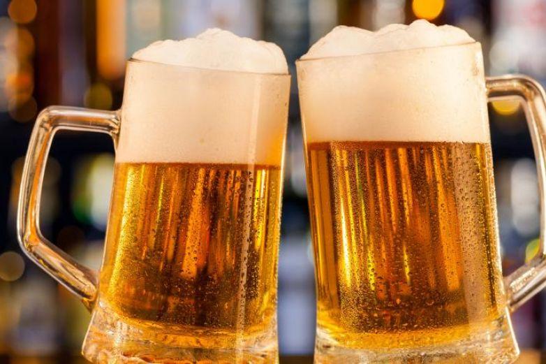 ¡Shot and beer! Cerveza gratis para quien se vacune en EU