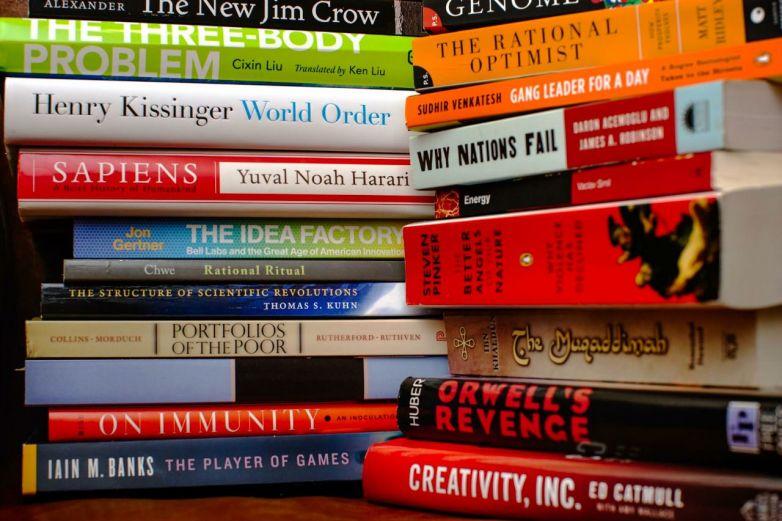 Escritores famosos que no escribieron algunas de sus obras