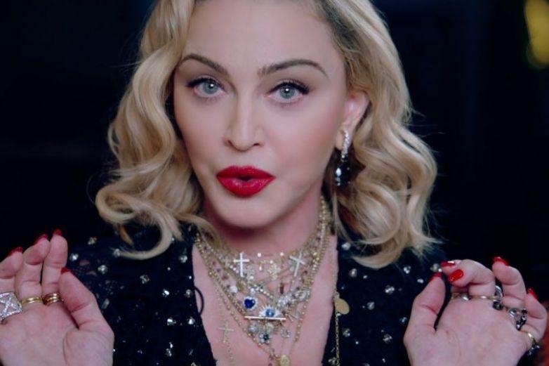 Madonna presume a Lola y ella a su axila peluda