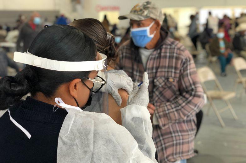 Inicia aplicación de segunda dosis de vacuna en 9 municipios