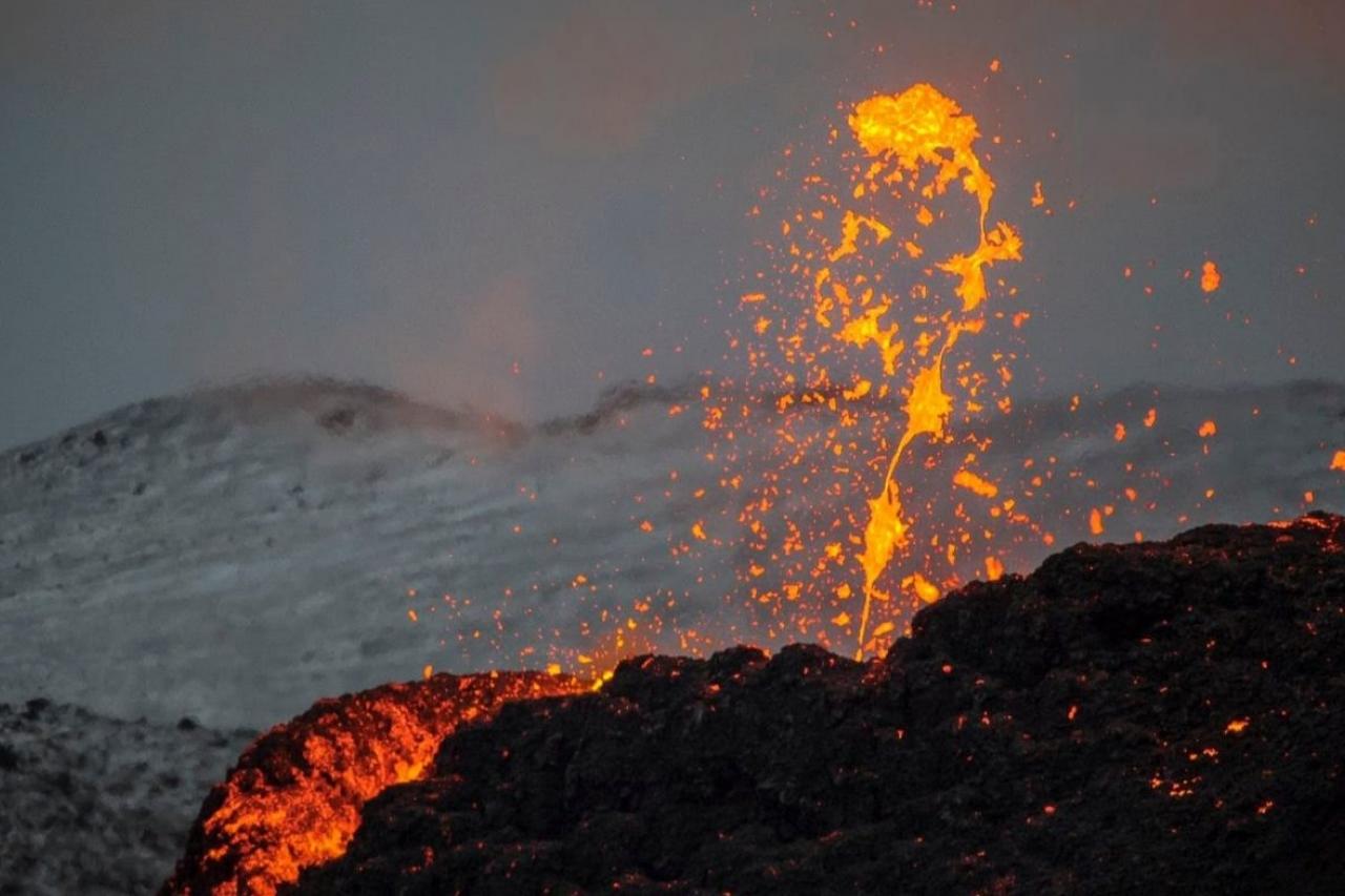 Videos: Volcán en San Vicente amenaza con erupción - Internacional