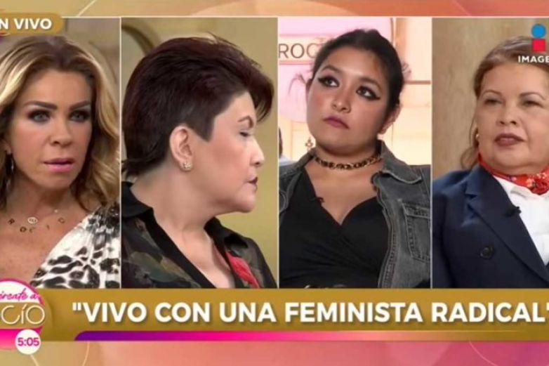 Tunden a Rocío Sánchez Azuara por polémico programa