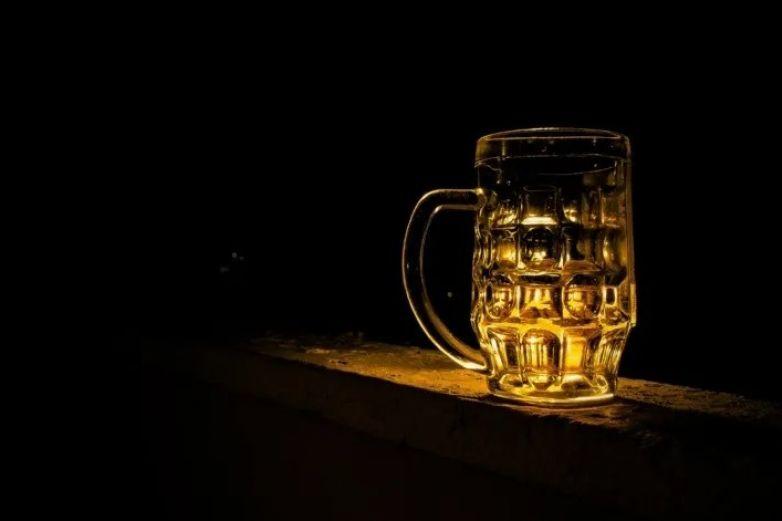 Surge primer caso de una persona que orina alcohol
