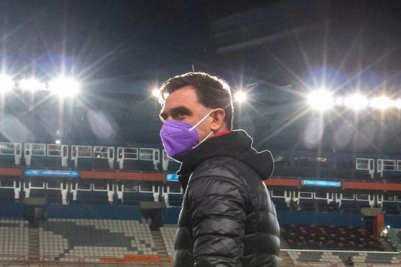 Pablo Guede deja de ser técnico de Xolos