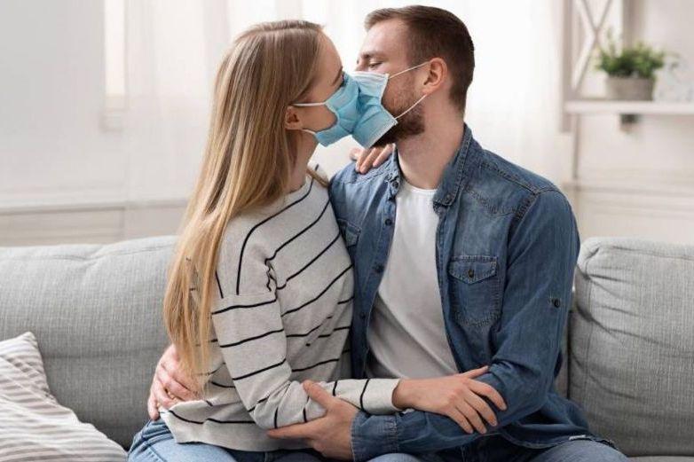 Así podrás celebrar el Día Internacional del Beso