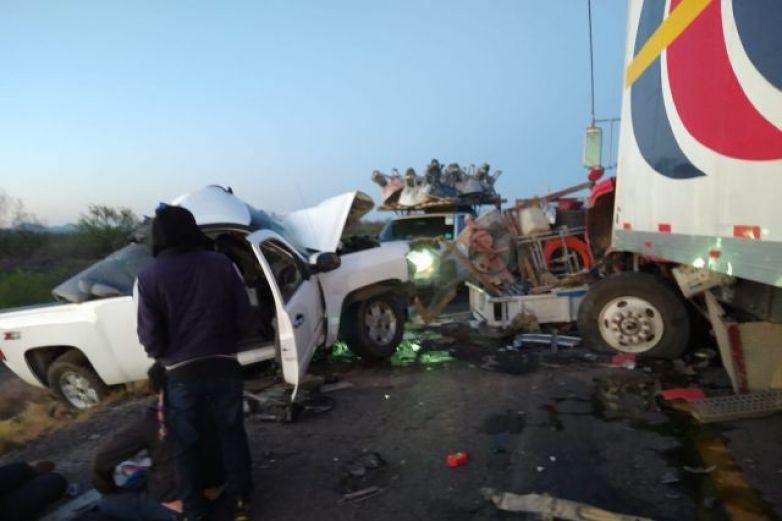 Funcionaria estatal sufre aparatoso accidente en vía Chihuahua-Parral