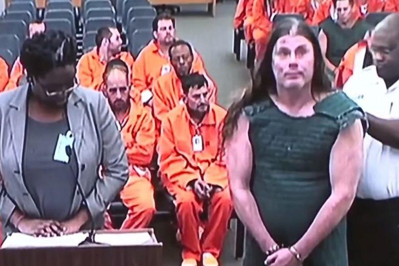 Exguitarrista de Cannibal Corpse es condenado tras asaltar la casa de un vecino