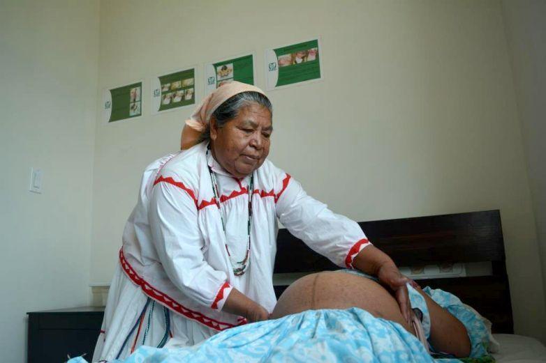 Parteras dan luz y vida en la sierra Tarahuamara