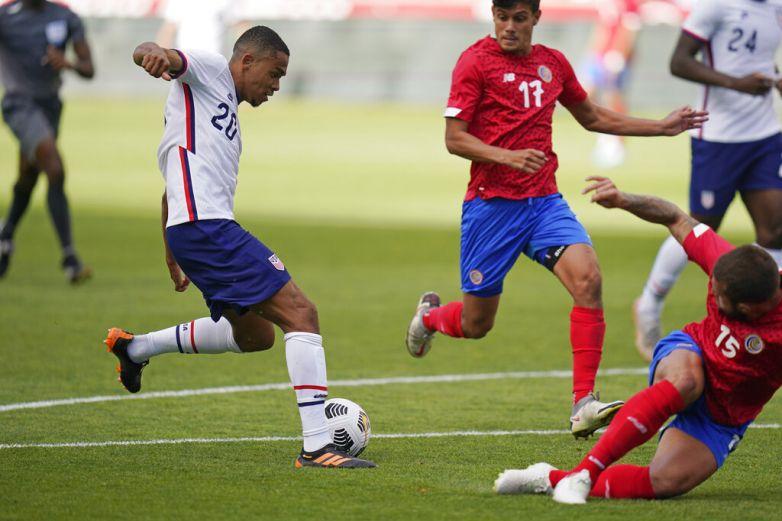 Costa Rica despide a DT tras goleada de EU