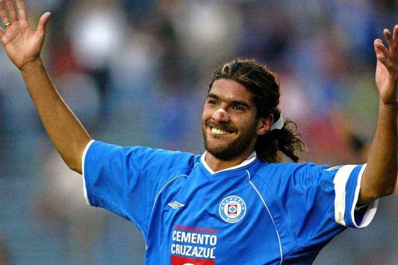 El 'Loco' Abreu anuncia su retiro