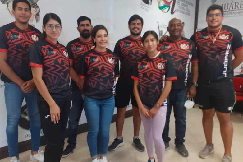 Atletas parten a competir en Nacional de Primera Fuerza