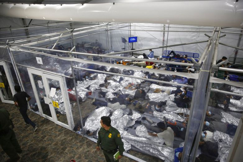 Reportan nueva denuncia por maltrato a niños migrantes en Fort Bliss