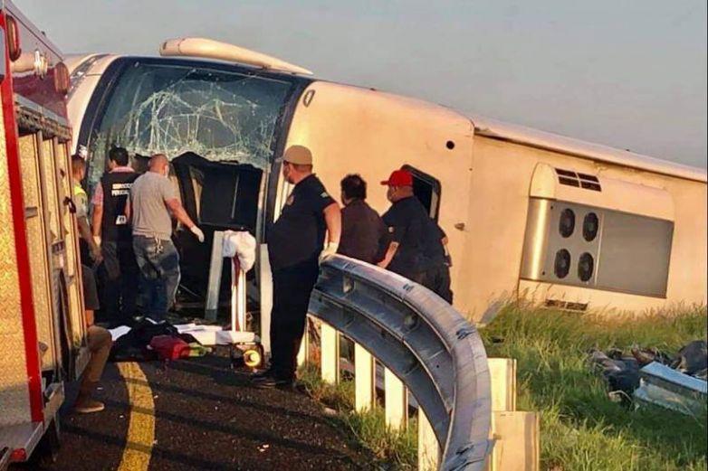 Vuelca autobús en Reynosa; hay 12 muertos