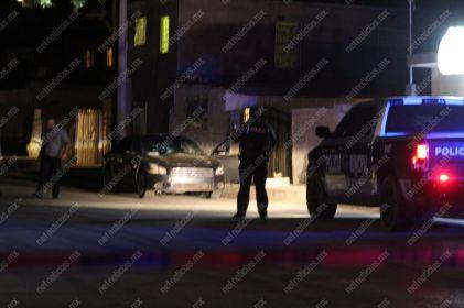 Ultiman a policía al llegar a su casa