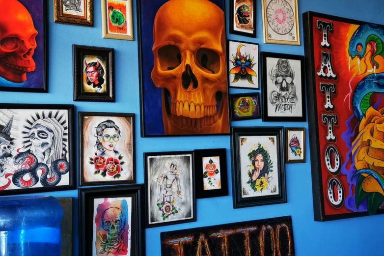 ¿Los tatuajes son motivo para negarte el empleo? La CEDH lo explica