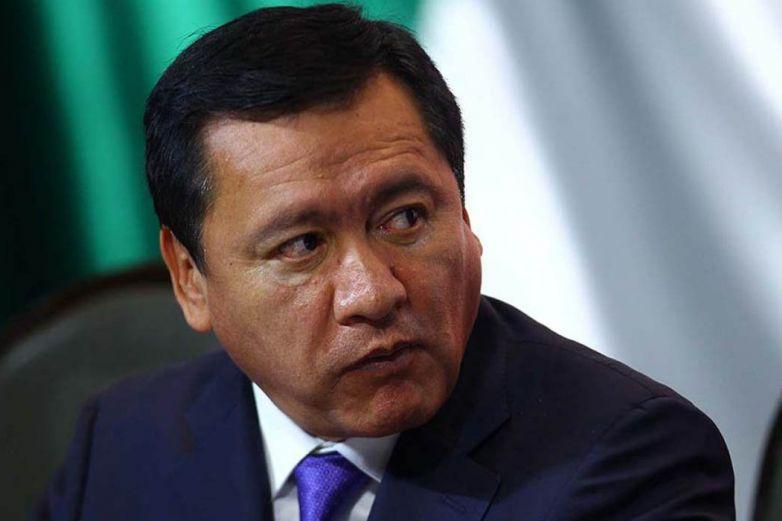 Niega Osorio Chong compra de sistema de espionaje