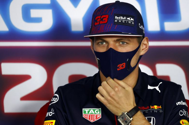 Verstappen sigue molesto con Hamilton