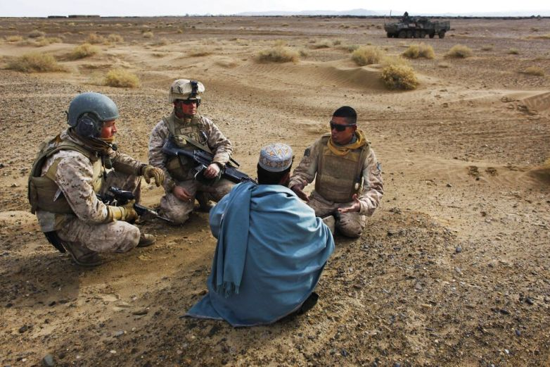 Evacuan a EU afganos que ayudaron a estadunidenses