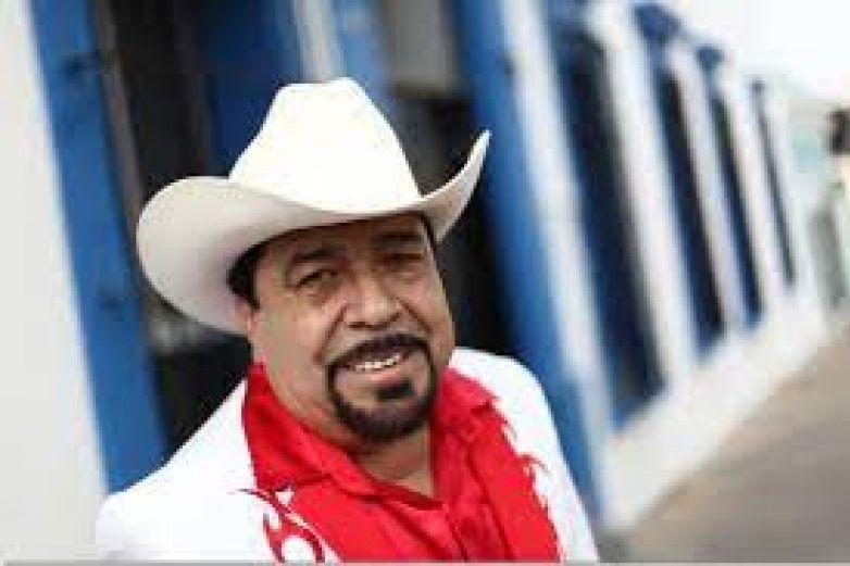 Güicho Romero de Los Intocables en estado grave por Covid-19